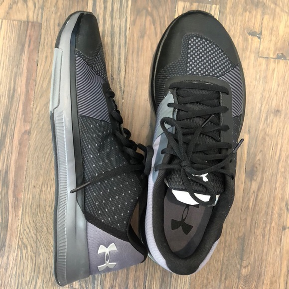 Under Armour Showstopper Shoes
